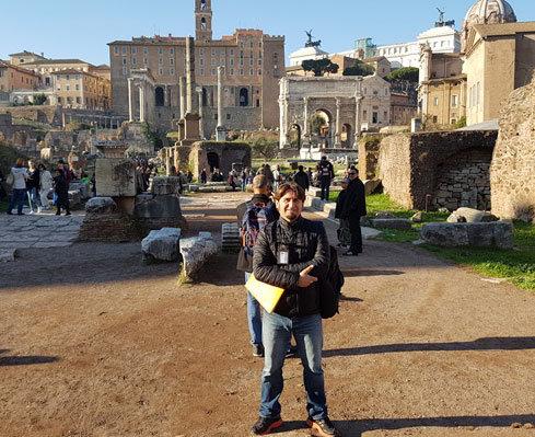 Roma rehber Ertürk Durmuş ve kitap