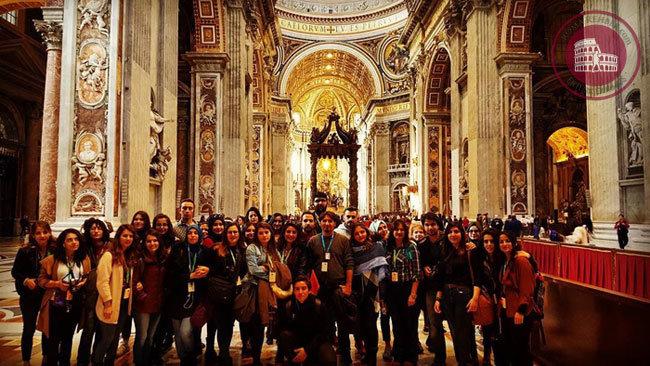 Vatikan turu San Pietro Basilikası